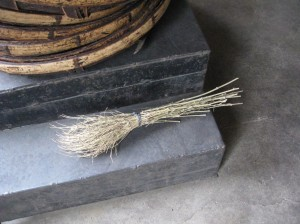 Broomette in Zhenge tea factory