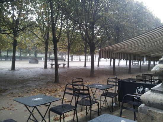 Paris thundering rain in Jarind du Palais Royale