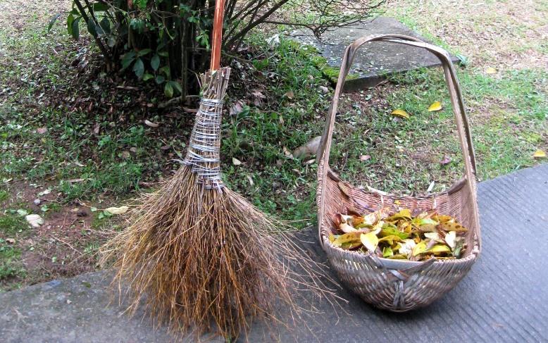 Tea Tour: Brooms