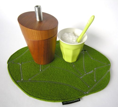 Smart eco-conscious trivet or hotpad in wool felt upcycled eco concious