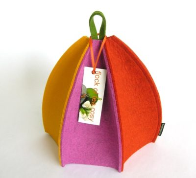 Modern wool felt tea cosy with size sides in wool felt