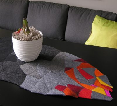 Table topper wool felt with amaryllis