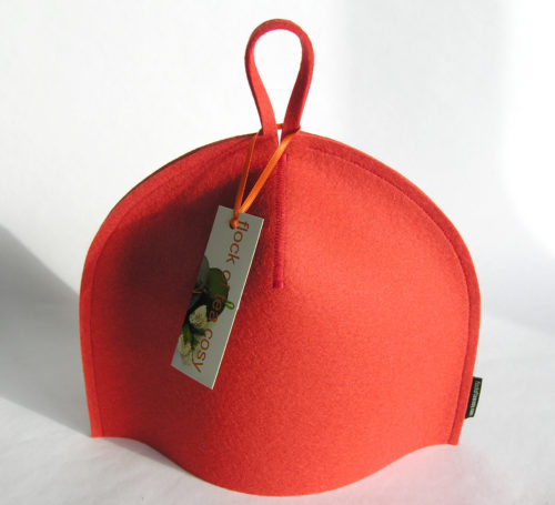 2cup tea cosy in thick wool felt in Coral Orange